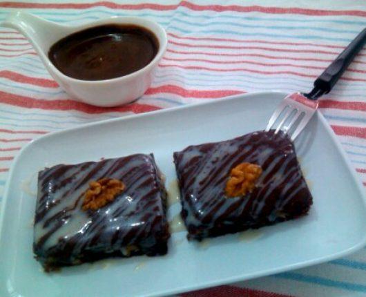Brownie de chocolate delicioso super rápido (no microondas)