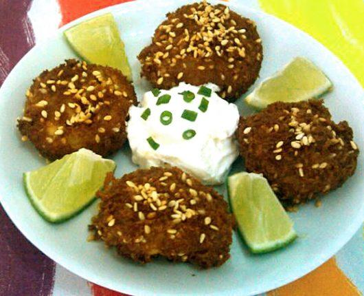Falafel (bolinhos de grão de bico)