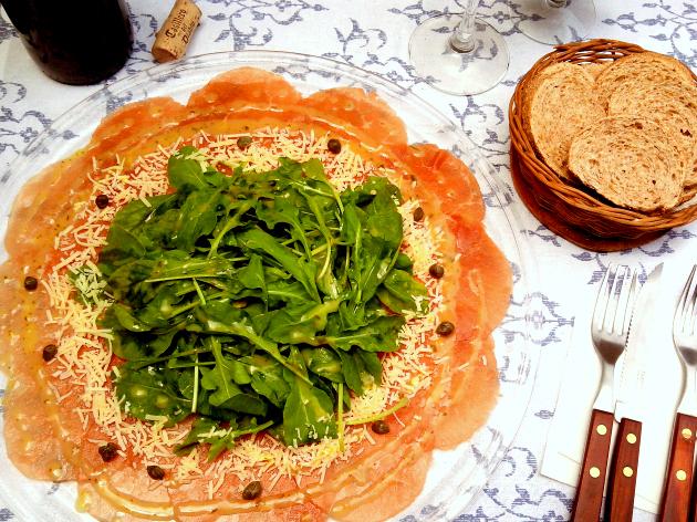 SaladaDeCarpaccioComMolhoDelicioso_CozinhandoPara2ou1