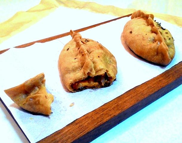 EmpanadasDeQueijoECebola_CozinhandoPara2ou1